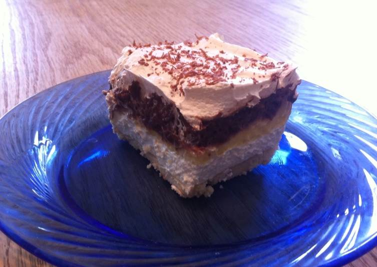 Layered Dessert Recipes With Cake Mix: Layered Pudding Cake
